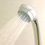 シャワーの水の勢いが弱い場合のチェック箇所と対処